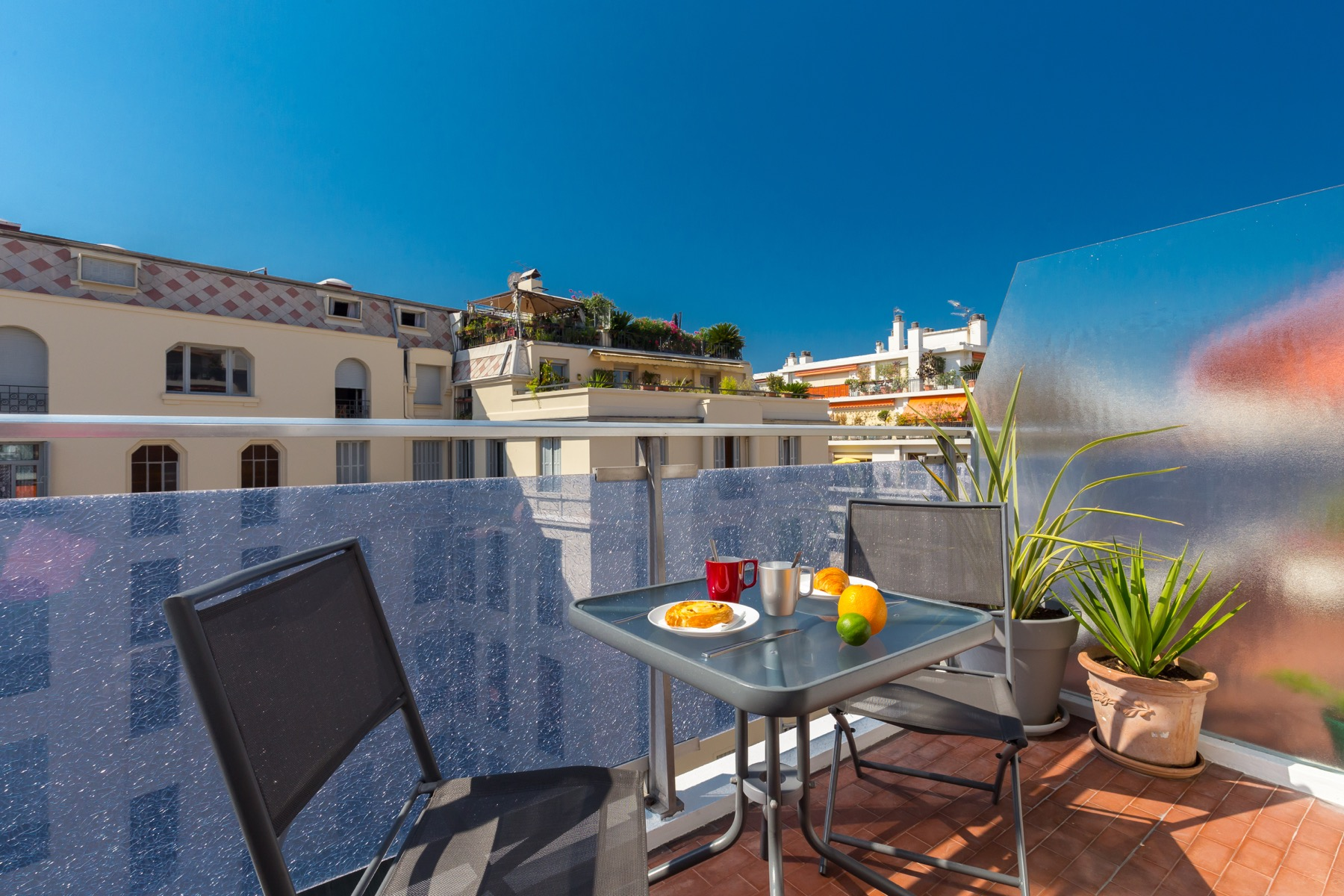 Nice holiday rental with balcony   ZEN Holiday Rentals